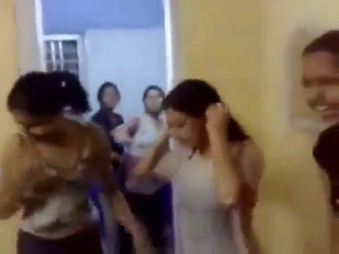 Ladies Hostel Girls Hot Video like desi girls wet in holi celebrations