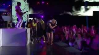 Jessie J Performing