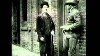 Carlitos e o Policial - Charlie Chaplin