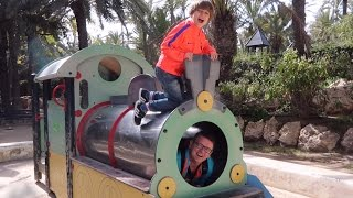 Sunny Playgrounds Family Fun - Happy Time