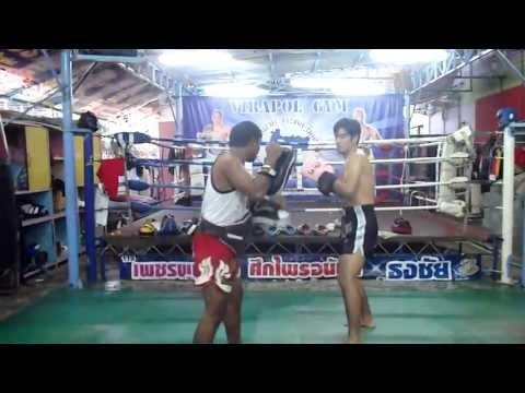 Khun Note Muay Thai Pad Work