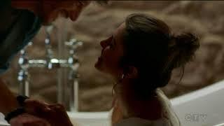Boyfriend kiss scene #2 -  Priyanka Chopra/Alex Parrish  - Quantico (tv series)