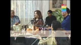 Ilahi Ansoo Bhari Zindagi Kisi Ko Na De