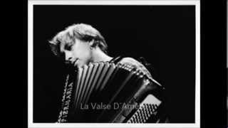 The best song piano Yann Tiersen