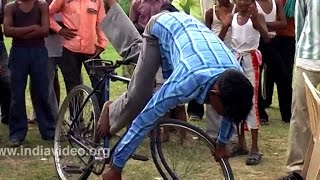 Cycle circus - Indian street performers