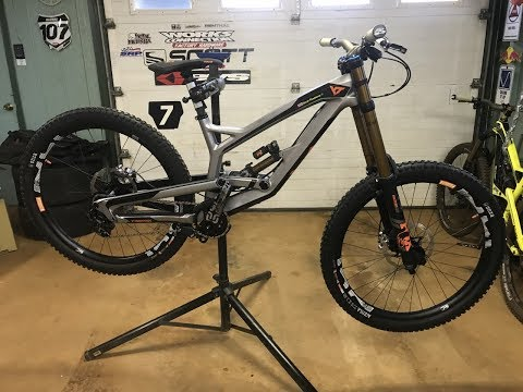 2018 YT Industries TUES CF PRO RACE Unboxing and Build