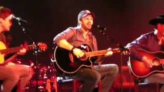"""Mark Wills covers Kenny Rogers' """"She Believes In Me"""""""