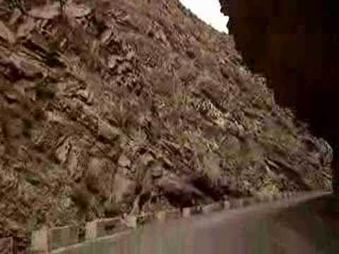 Road from Zhob to D I Khan