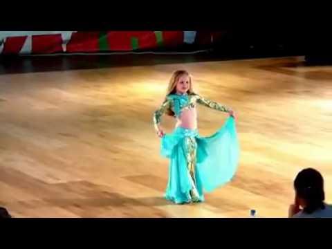 Arabic dance. رقص عربی
