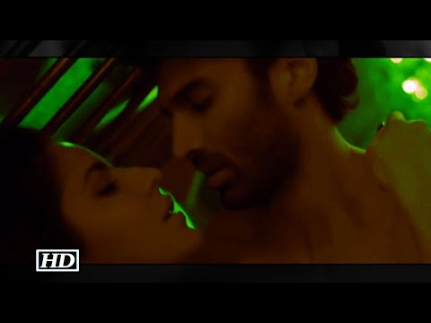 Xxx Mp4 Fitoor Katrina S Most Passionate Kiss With Aditya 3gp Sex