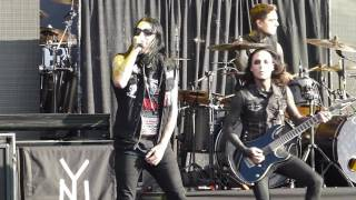 Motionless In White - Break the Cycle LIVE Austin Tx. 9/2/15