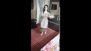Pakistani girl beautiful dance on Gaddi tu Manga dy. Must watch.