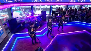 Fall Out Boy - HOLD ME TIGHT OR DON'T