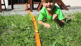 House and Garden Long Track Race Family Fun with Hot Wheels