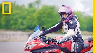 Iranian Motorcyclist Continues to Race Despite Her Country