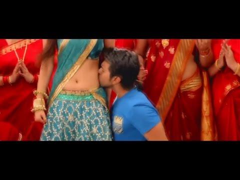 Kajal Agarwal Hot Navel Kiss In Saree HD, paah erotic scenes (navel kisses)