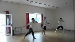 First Capoeira Class for Japanese girl and Korean boy - Teacher ZACA