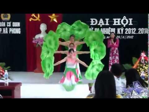 múa Người về thăm quê UBND phường Hà Phong