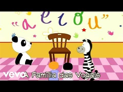 Panda vai à Escola A Família das Vogais
