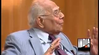 I will not employ Rahul Gandhi as clerk in my office: Ram Jethmalani