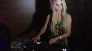 Kingfisher Ultra Soul Flyp DJ Melissa Reeves