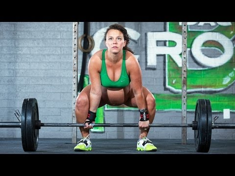 Pregnant Weightlifter: Still Pumping Iron Two Days Before Her Due Date