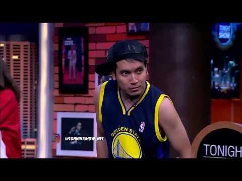 Gokil Desta Unjuk Gigi Bermain Basket Dengan Maria Selena