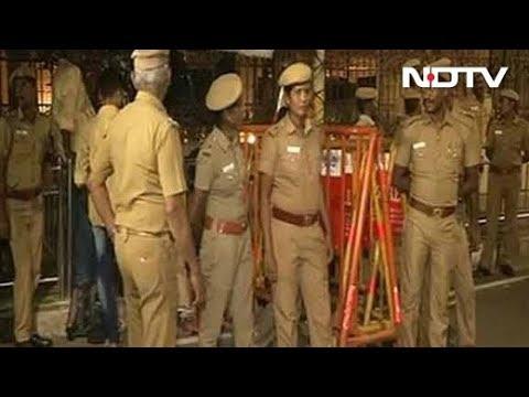 Xxx Mp4 Income Tax Officials Raid Jayalalithaa S Chennai Home Search Sasikala S Rooms 3gp Sex