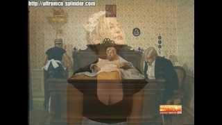 Annarita Campiglione tettona in reggiseno - Orip Orap (2000) TeleNapoli - Big tits italian girl