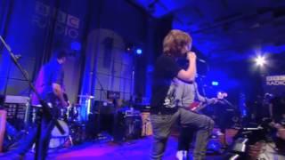 Mallory Knox - Lighthouse live - BBC Radio 1.flv