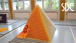 Worlds Largest 3D Domino Pyramid (29x29) | Egypt in 60'000 Dominoes