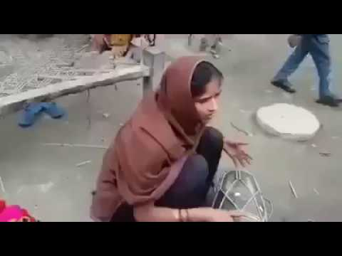 A beautiful song by indian village lady सुनो गांव कि आवाज