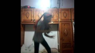 Nina dança gdrf