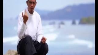 Ceramah Singkat menyentuh hati - Ustadz Abuz Zubair Hawaary with instrumental music