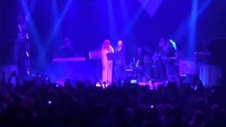 اجرای زنده سیاوش قمیشی در جواب شهرام شب پره