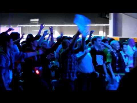 i43 - Opening Ceremony Carnage! - Insomnia 43.wmv