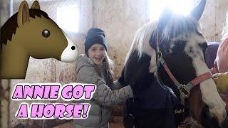 Annie Got a Horse! 🐴 (WK 324) | Bratayley