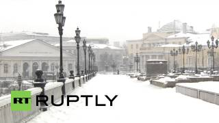 Russia: Snow blizzard batters Moscow