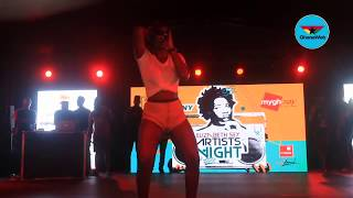 """Ebony performs """"Date ur Fada"""" at Now Here Cool concert"""