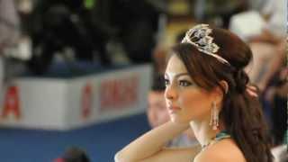 Reisa Kartikasari - A Queen Is A Queen