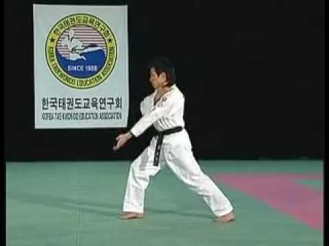 員林� 館 韓國最新跆拳道品勢教學 Poomsae 全 太極1 8章 色帶 黑帶