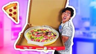 DIY GIANT GUMMY PIZZA!