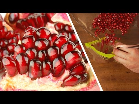 🍎 How to Cut Pomegranate & Make Juice 🍷 Easy Method! #Life Hack | Handimania