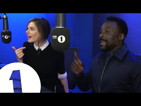 Rebecca Ferguson & Ariyon Bakare do Movie Clichés