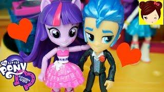 Twilight Sparkle y Flash Sentry van al Baile de Canterlot High - MLP Equestria Minis