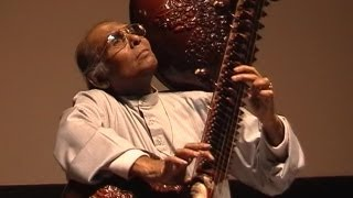 Ustad Asad Ali Khan - Raga Yaman Kalyan - Rudra Veena - Rudra Vina - Dhrupad, Dresden 4th May 2003