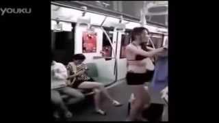 Sexy Girl Changing Clothes On Train ( SO HOTTTT )