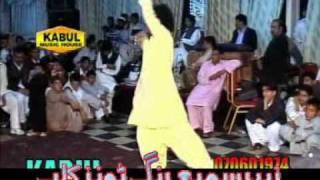 Ghar Aaya Mera Pardesi-Dance