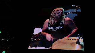 Foo Fighters - Sunday Rain NEW SONG LIVE DEBUT FROM NEW ALBUM RIGA LATVIA 2017