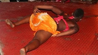 Danses érotiques au Sabar